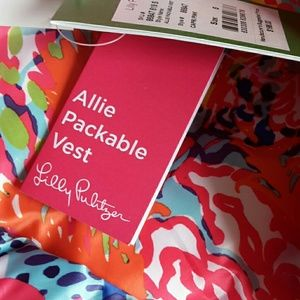 Lilly Pulitzer Jackets & Coats - Lilly pulitzer Allie packable vest